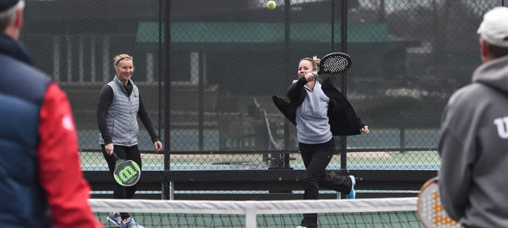 Platform Tennis Game